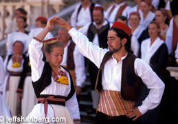 dubrovnik traditional dancers